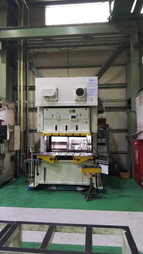 タンデムプレス110トン TPW-110C