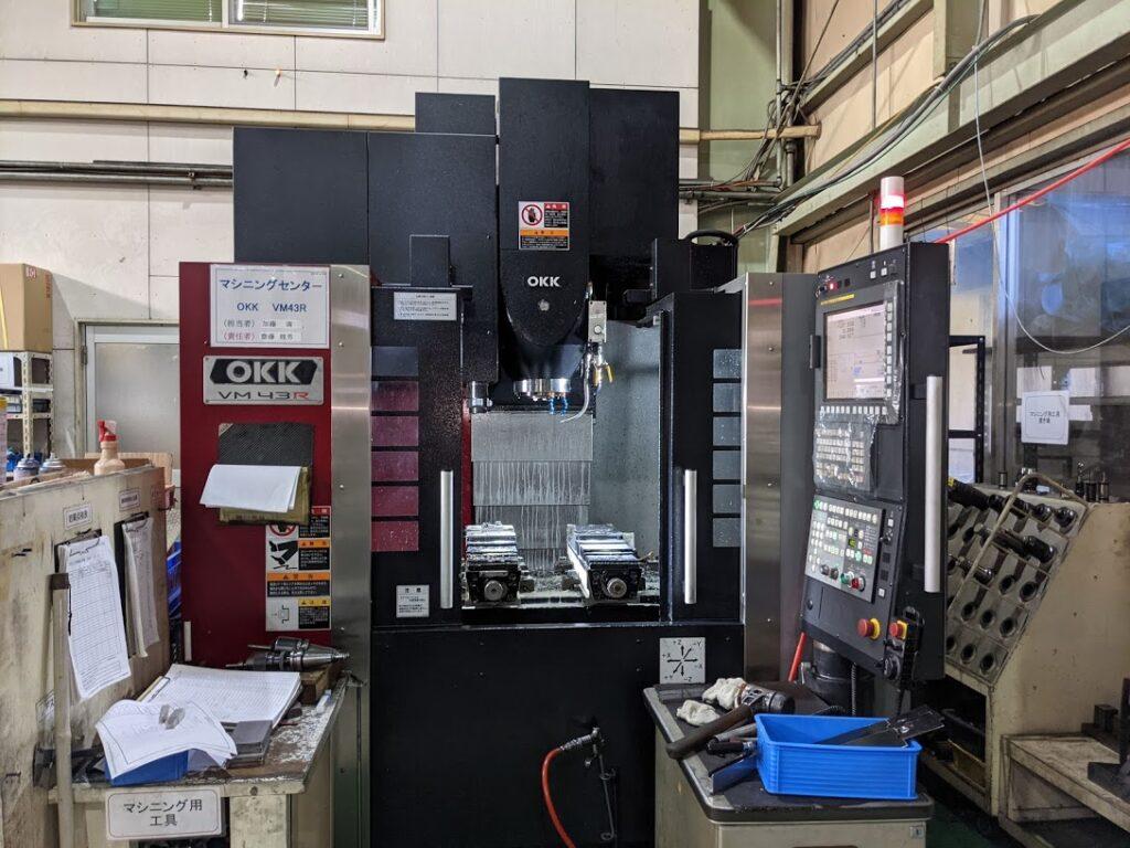 マシニングセンター テーブル寸法800×420mm VM43R